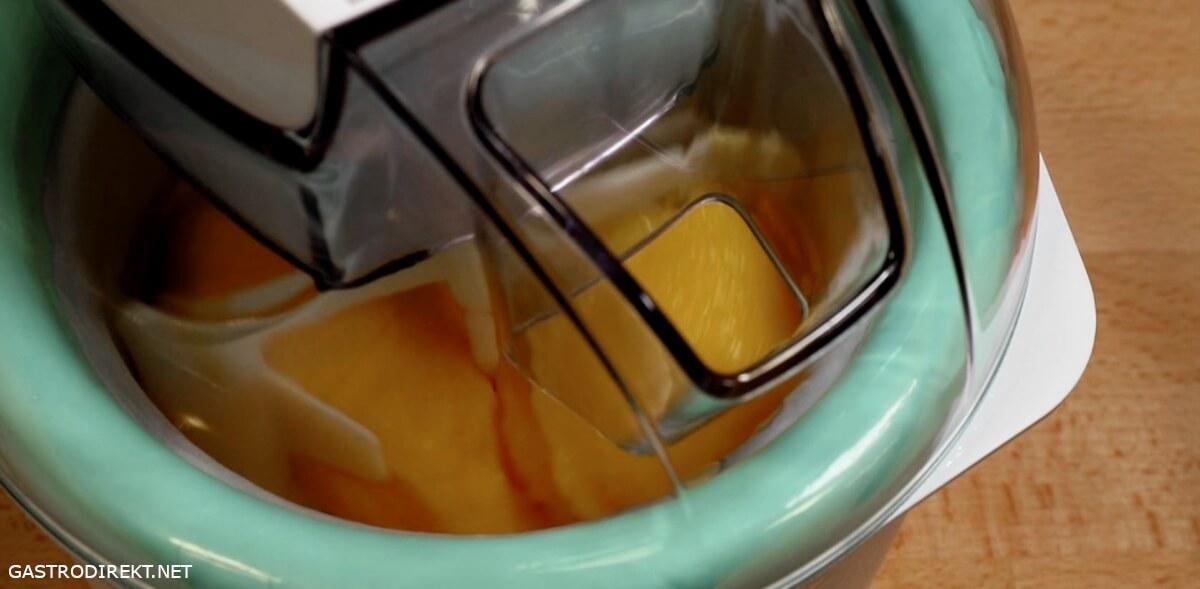 Mango Sorbet selbst gemacht mit der silvercrest Eismaschine